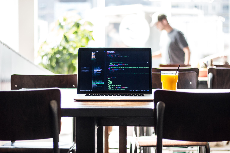 如何使用 Python 進行字串格式化